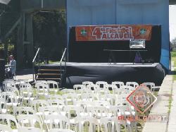 Alquiler de escenario con respaldo y laterales de 3mts x 14mts Alquiler de escenarios